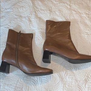 Etienne Aigner Passaic Ankle Boots 7.5